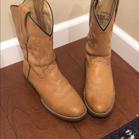 girls leather boots size 2